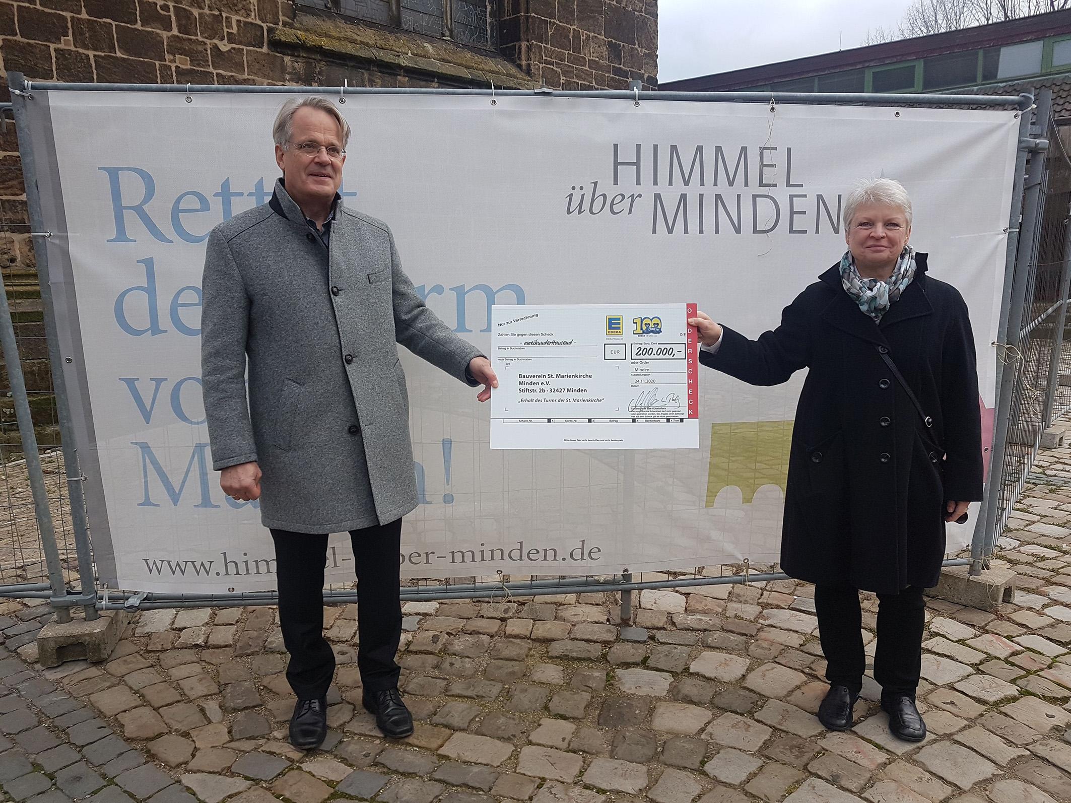 St. Marien: Große Freude über 200.000-Euro-Spende der EDEKA Minden-Hannover